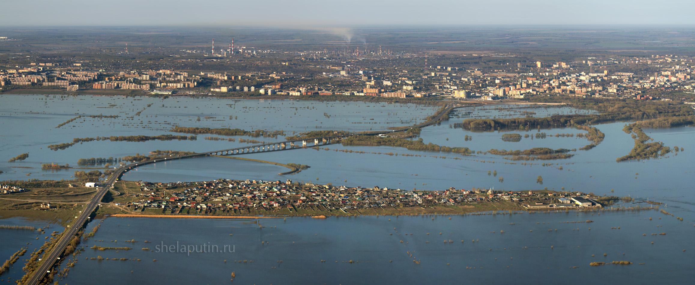 Весенний разлив реки Оки Рязань
