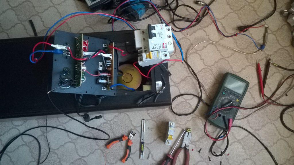 Ремонт активной акустической системы microlab