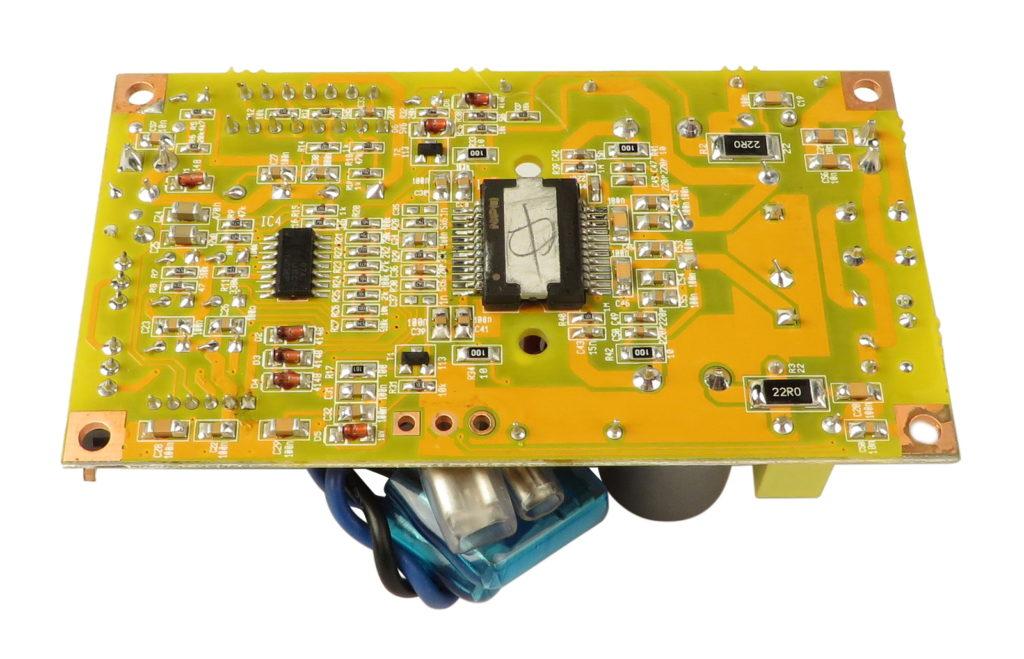 Усилитель мощности TDA8954 активной колонки Behringer 115D